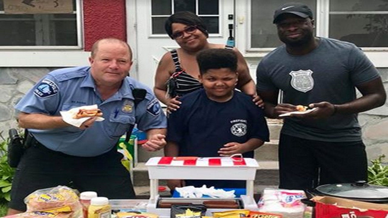 City Helps Teen Get A Permit For His Hot Dog Stand Instead Of Shutting It Down