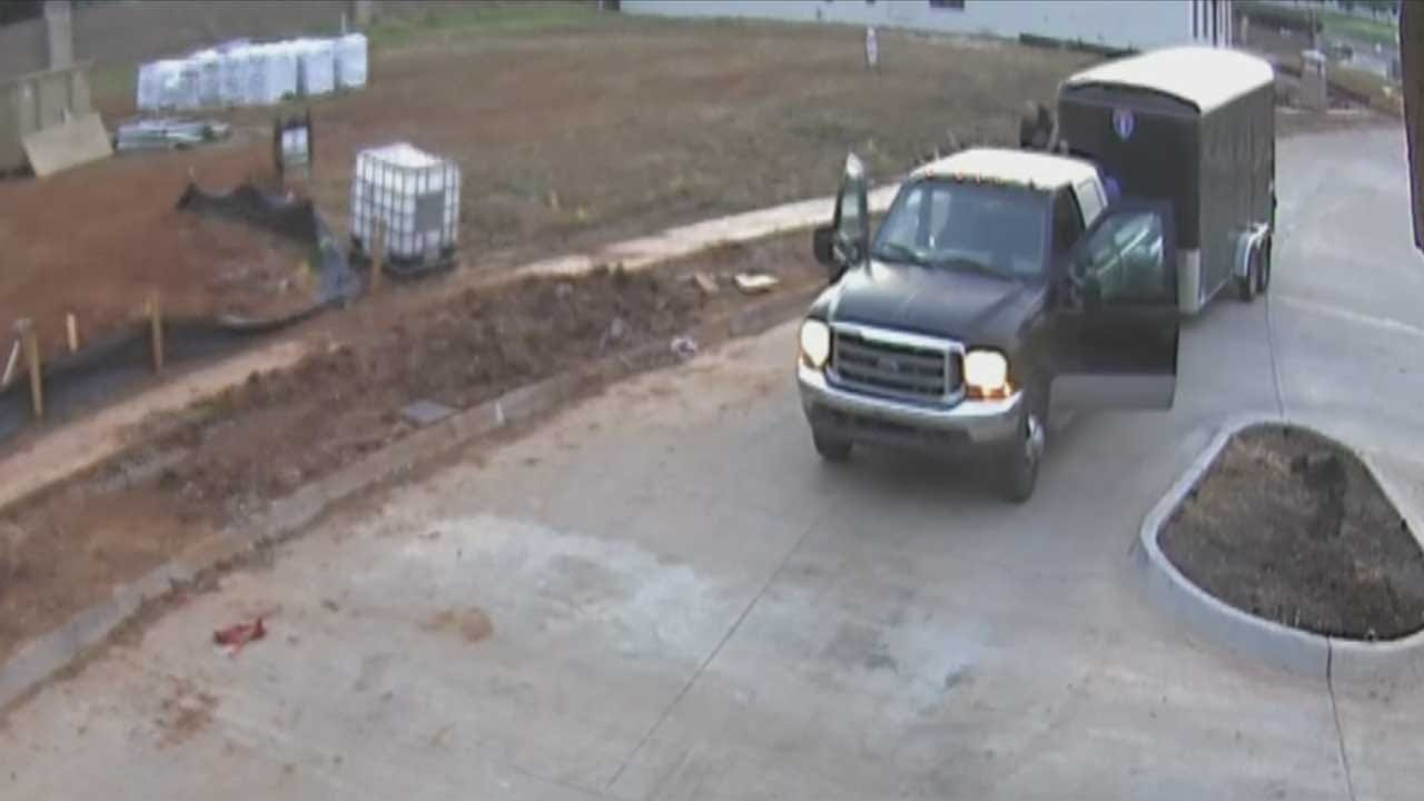 Construction Workers In Nichols Hills Targeted In Weekend Theft