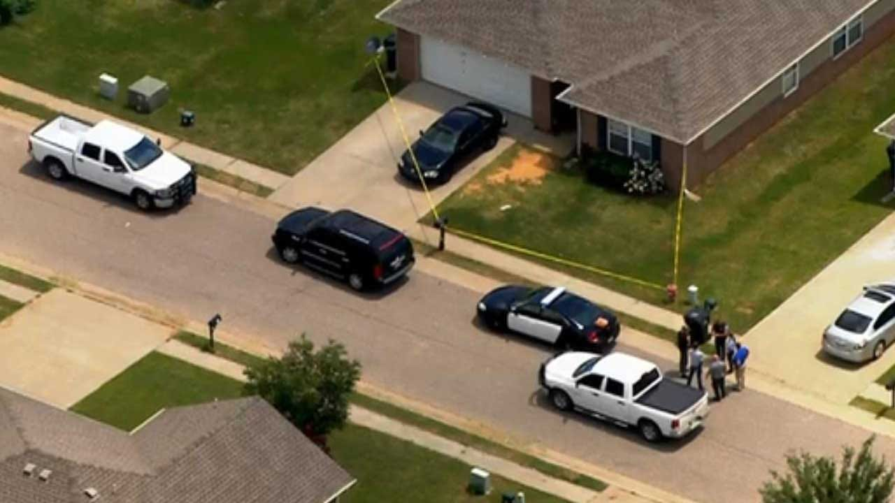 Police: Teenager Fatally Shot In McLoud Home