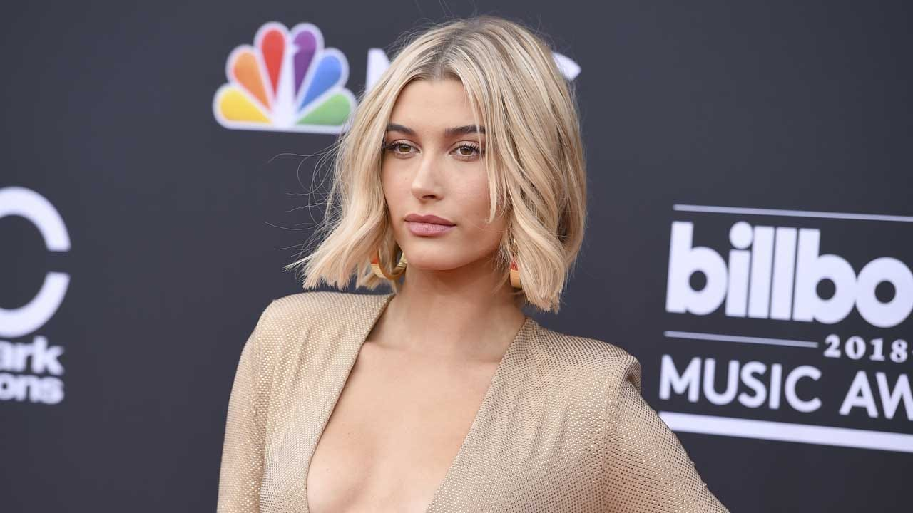 Report: Justin Bieber Gets Engaged To Hailey Baldwin