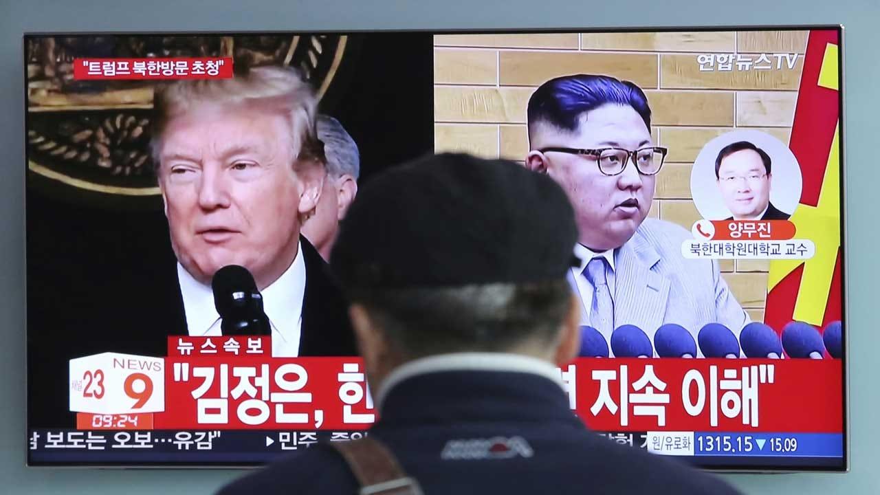 Hanoi Barber Offering Free Trump Or Kim Hairdos Ahead Of Leaders' 2nd Summit