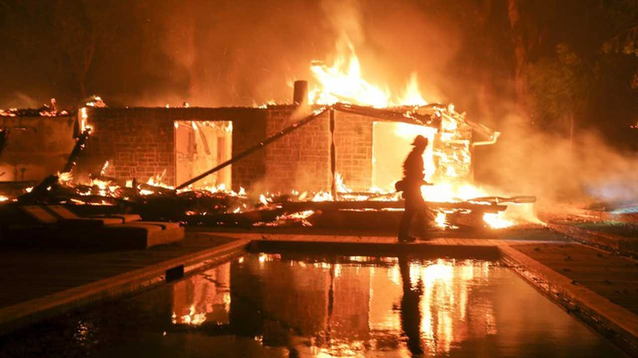 Authorities: 2 People Die In S. California Fire