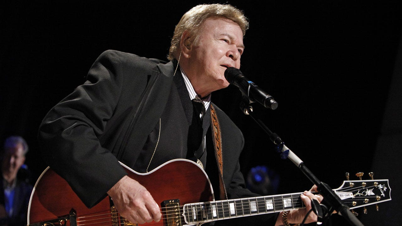 Country Music Star Roy Clark Dead At 85, Publicist Says