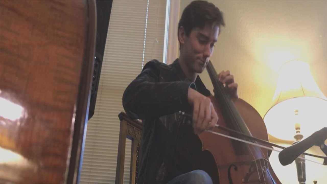 Red Dirt Diaries: Musician Makes Classical Instrument His Own