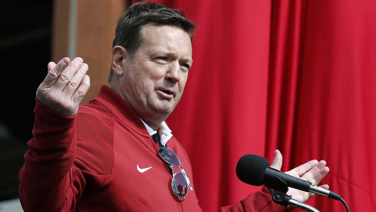 Bob Stoops Denies Meeting With Auburn After Reports Surface