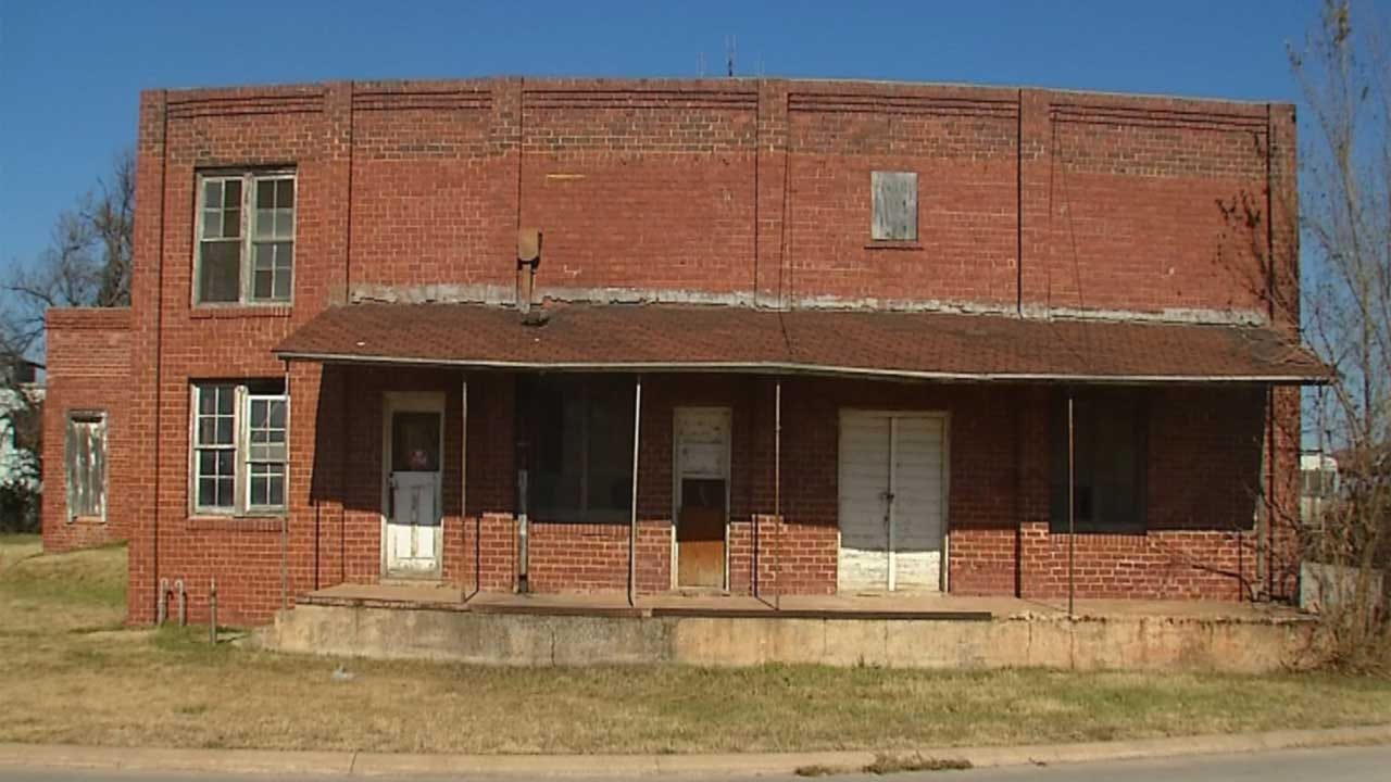Plans To Convert Old Edmond Buildings Unveiled To City Council