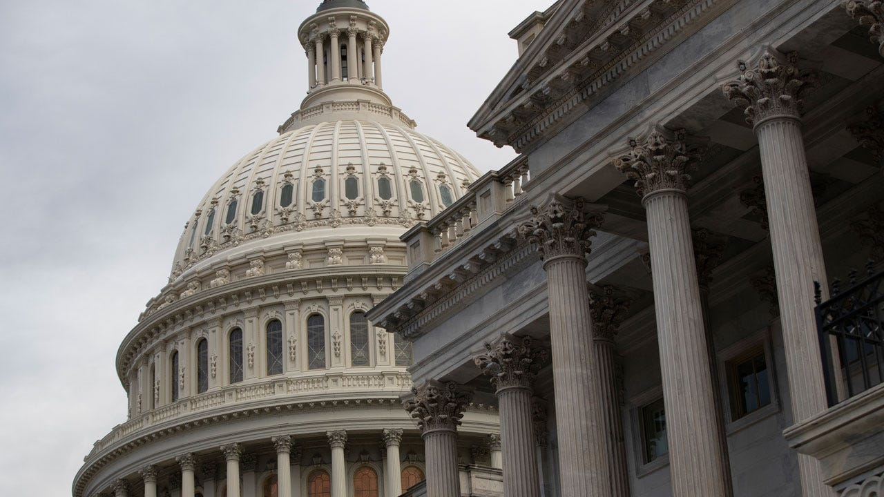 Democrats Seize House Control, GOP Holds Senate