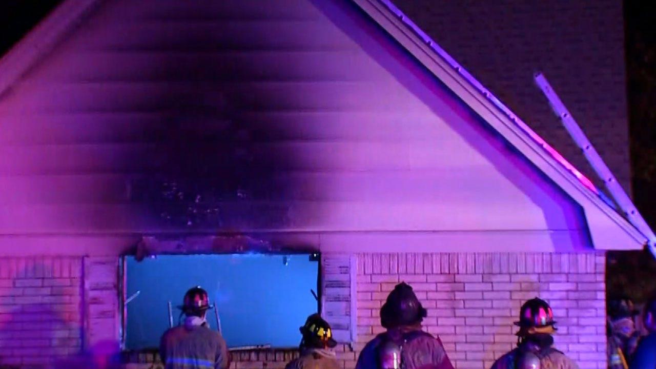 Crews Extinguish Garage Fire In SW OKC