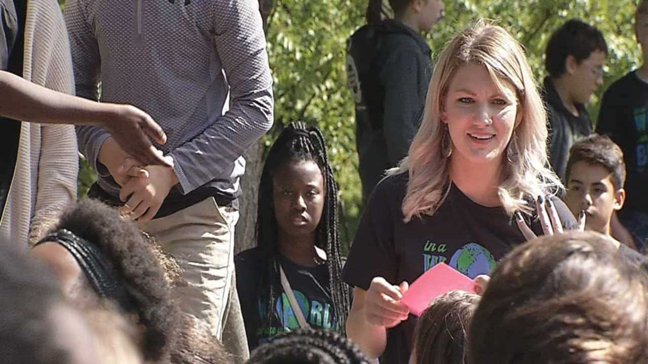 Tulsa Teacher Gives Students Lesson Over Race Riots
