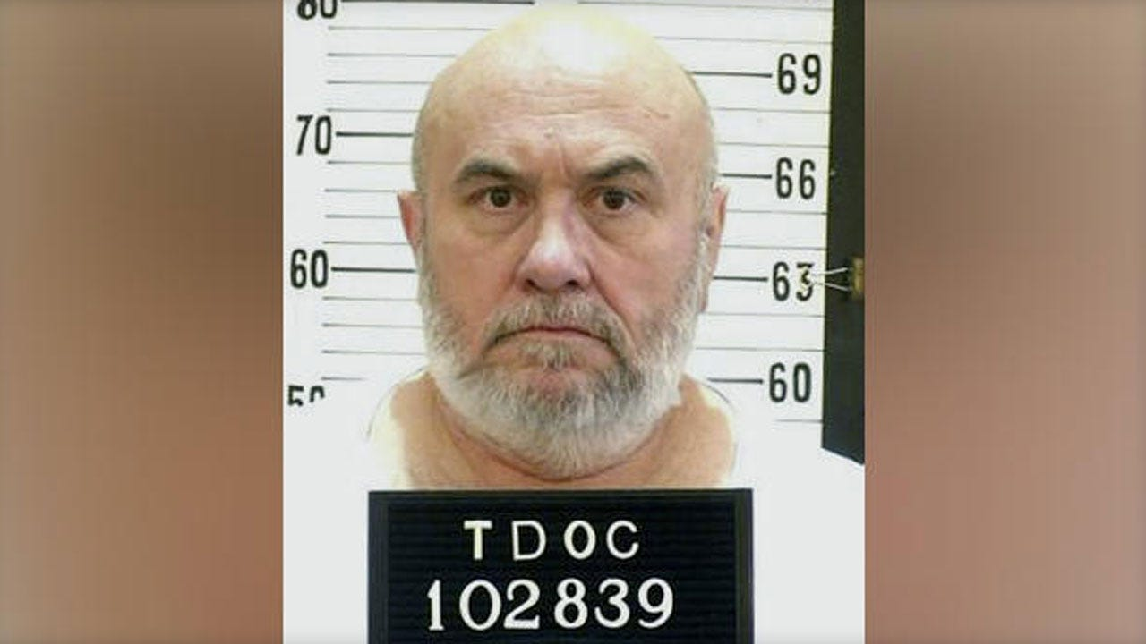 Federal Appeals Court Temporarily Halts Execution Of Inmate Who Asked To Die By Electric Chair