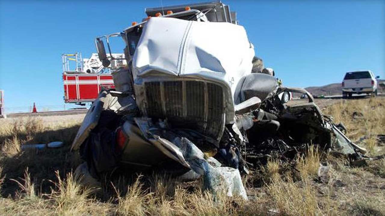 Suspected DUI Head-On Collision Kills 6 On Utah Highway