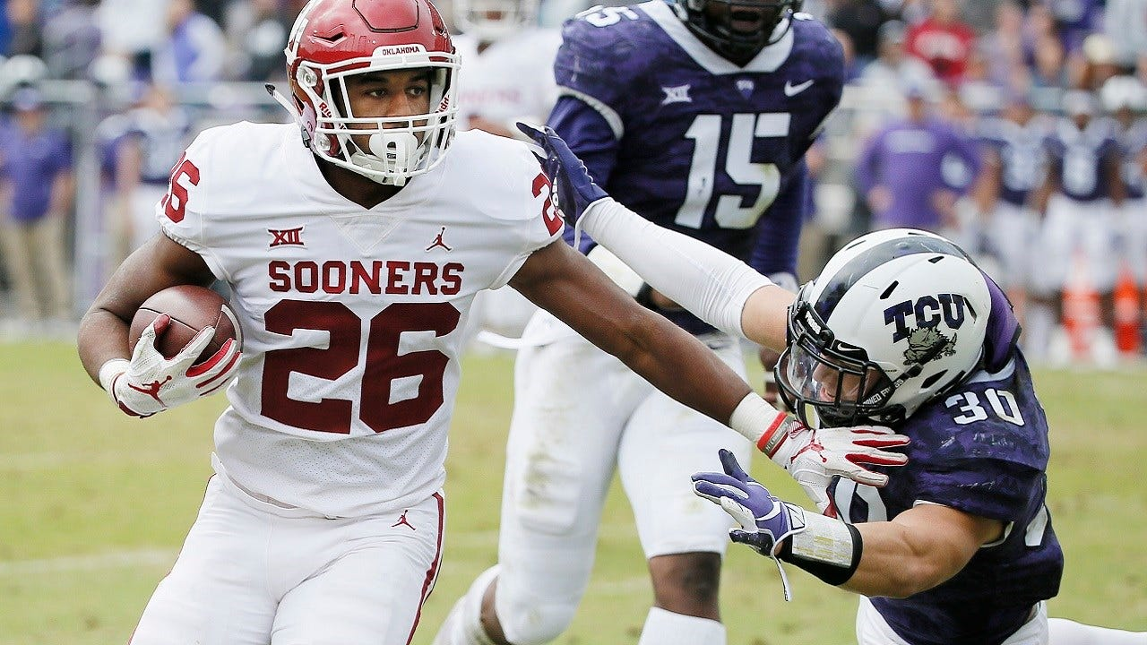 Kennedy Brooks' Relaxed Running Style Turning Heads At OU