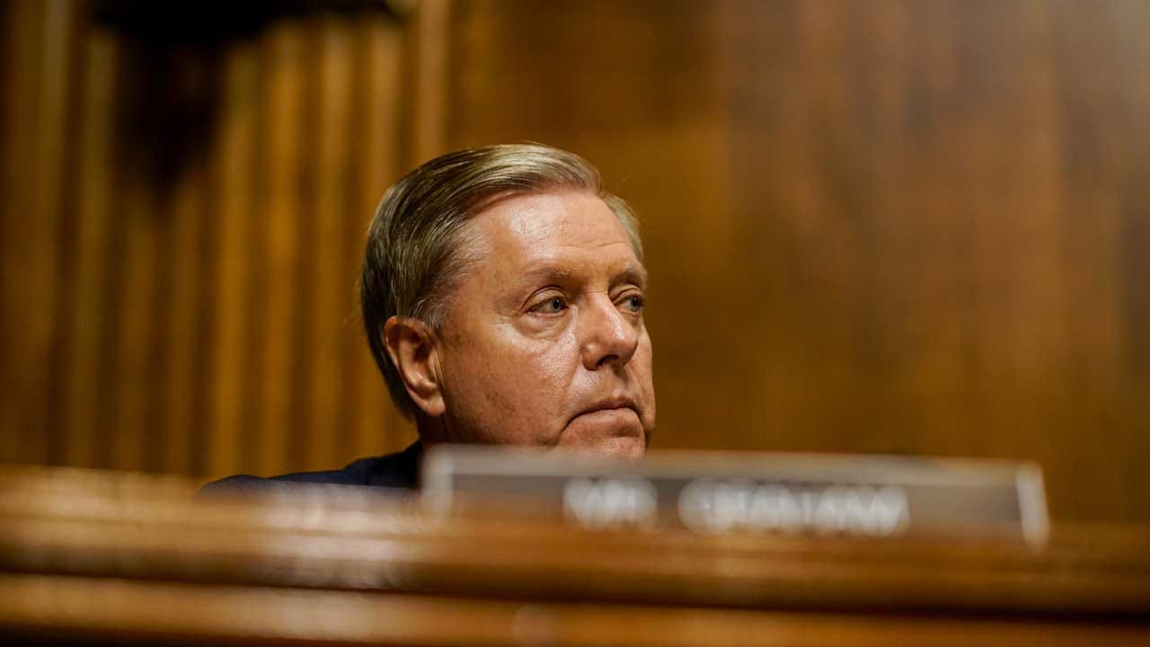 Lindsey Graham Says He'd Tell Trump To 'Knock It Off' After Mimicking Ford