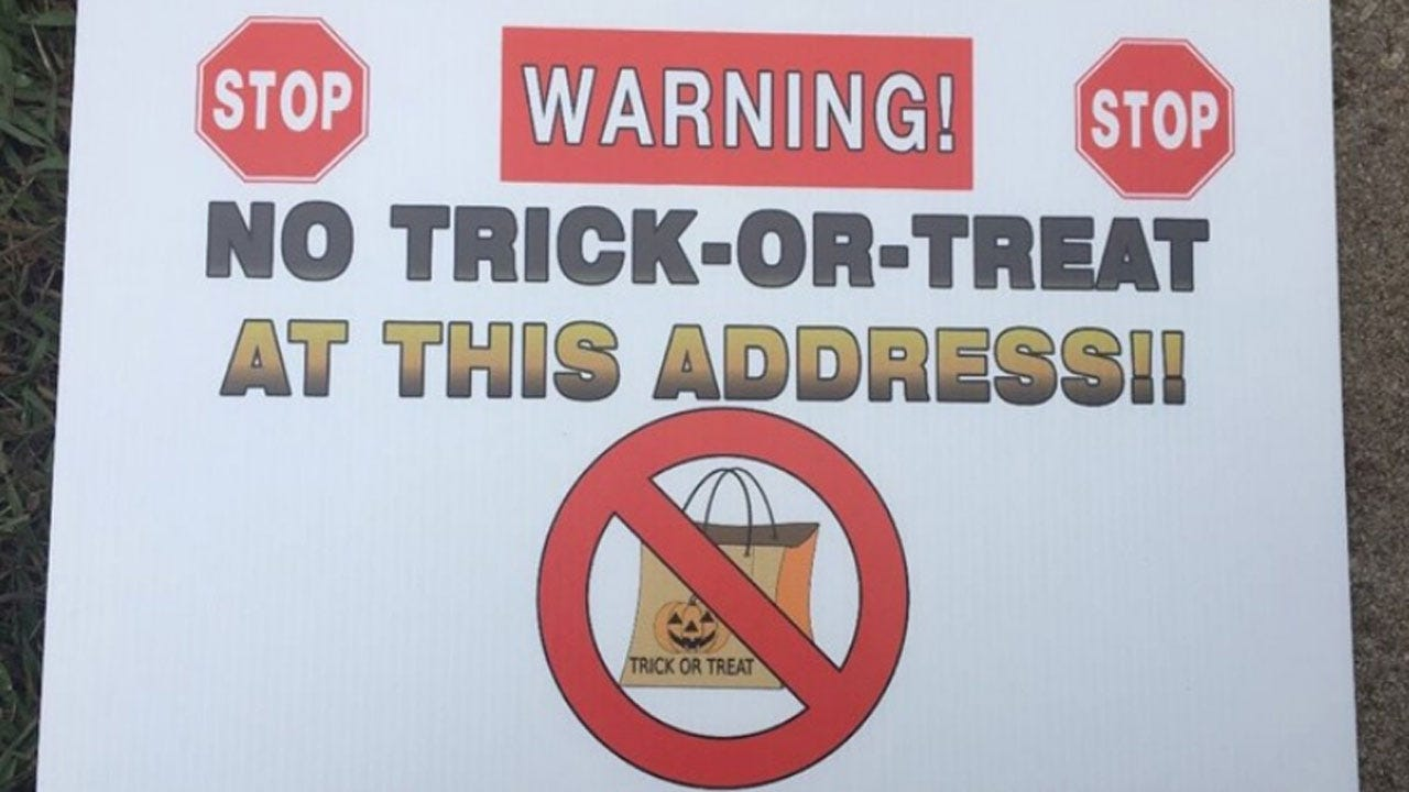 Georgia Sheriff's Office Placing 'No Trick Or Treat' Signs In Yards Of Registered Sex Offenders