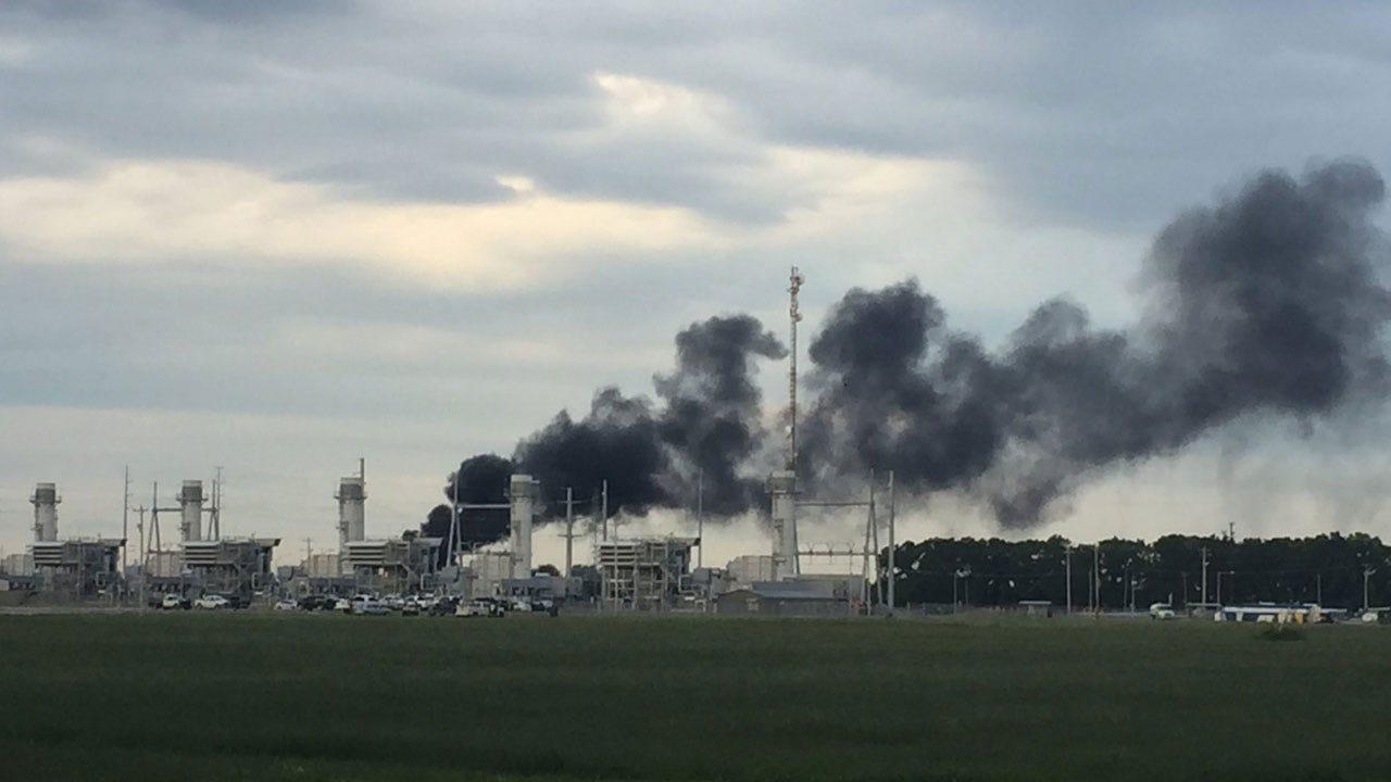 OKCFD Respond To Oil Tank Fire Near OG&E Power Plant