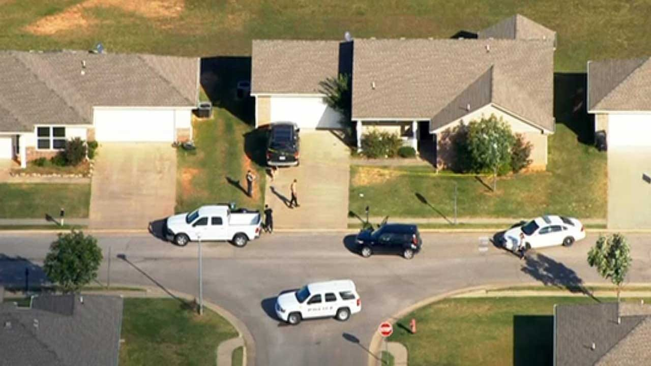 McLoud Police Investigating After Teen Girl Fatally Shot