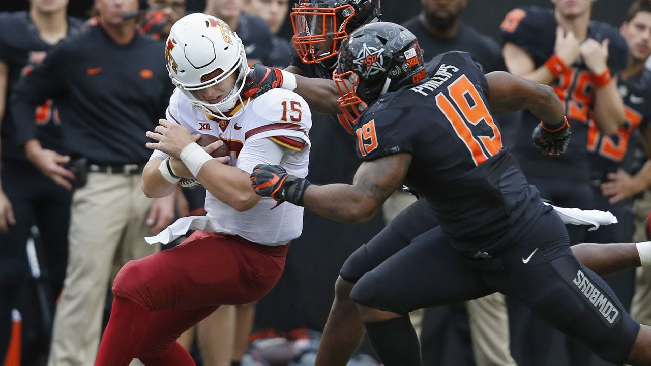 Purdy Leads Iowa State Over No. 25 Oklahoma State, 48-42