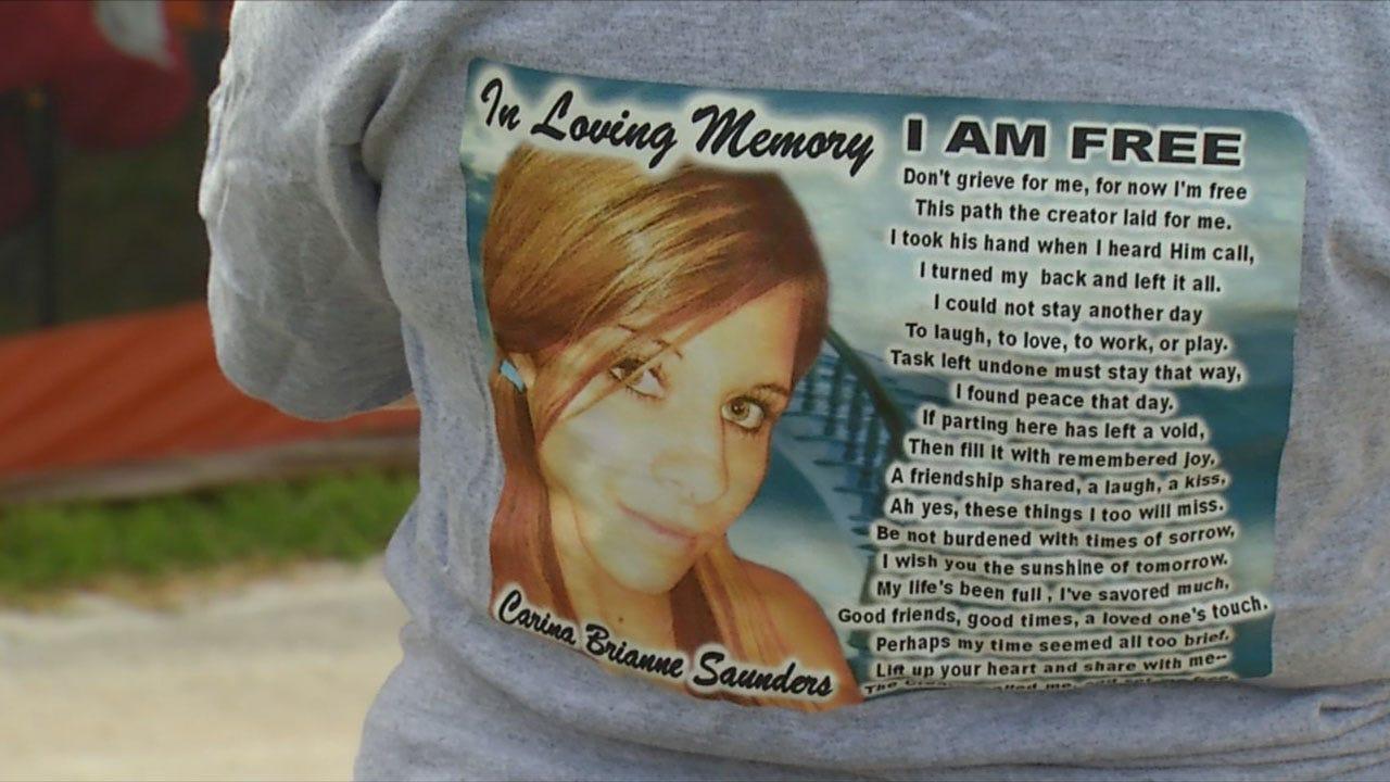 OKC Volunteers Post Reward Fliers For Video In Carina Saunders Murder