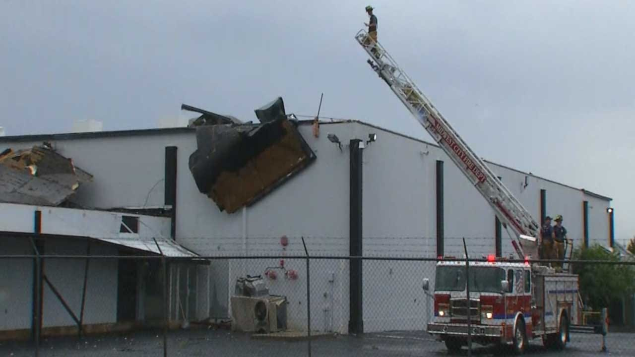 No Injuries Reported After Tornado Damages Homes, Business In MWC