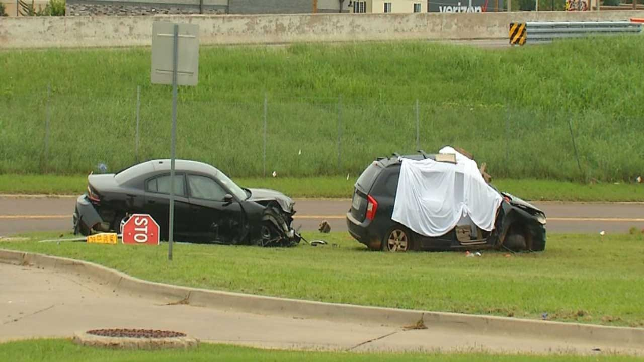 OHP Investigating Deadly Crash In Midwest City