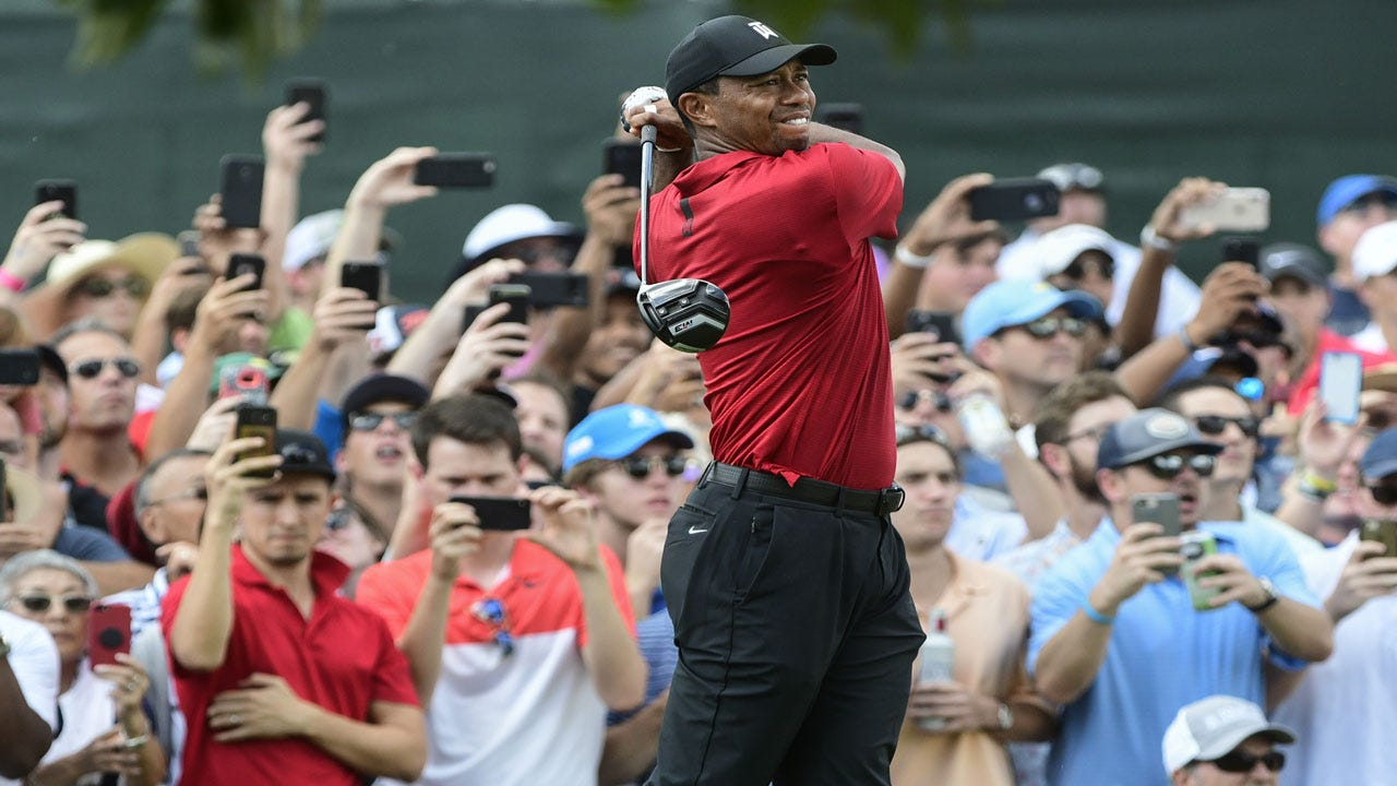 Tiger Woods Gets First Win In Five Years At Tour Championship