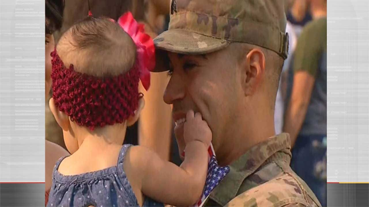 Hundreds Of Army National Guard Troops Return Home To Oklahoma