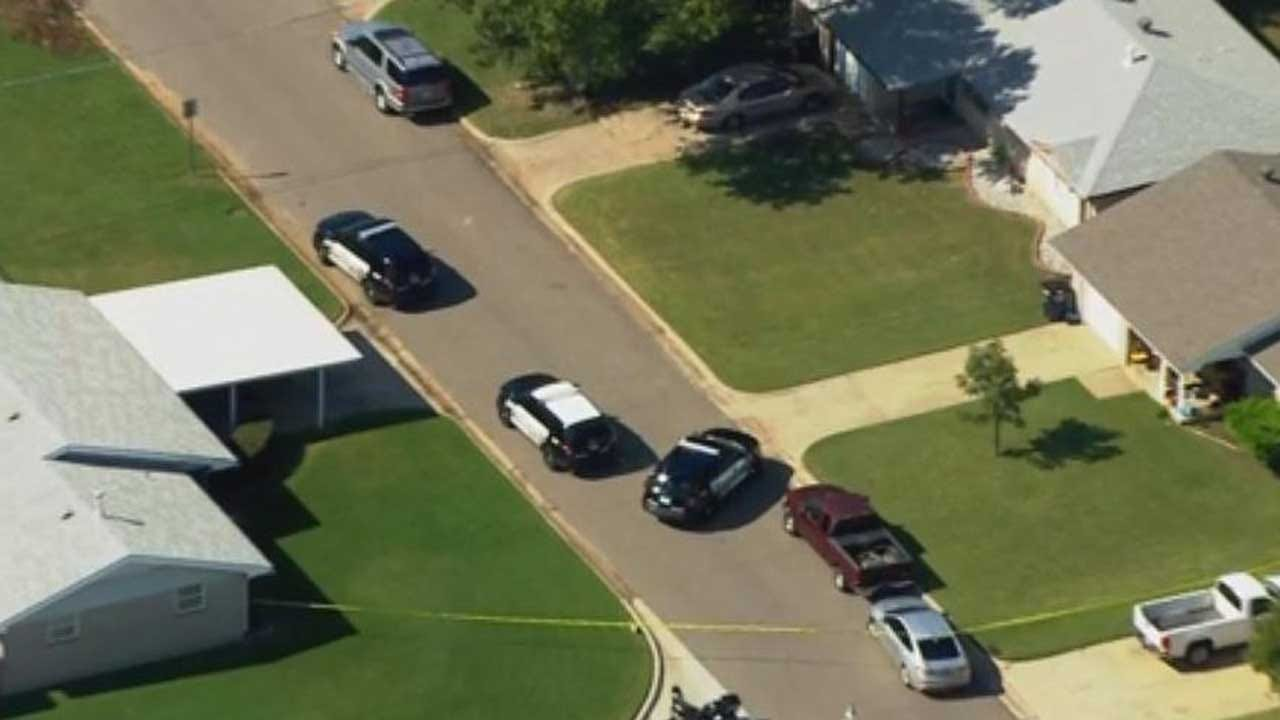 Moore Police Called To Scene Of Possible Standoff