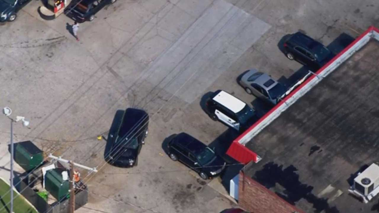 Police Investigating After Reported Stabbing At Del City Convenience Store
