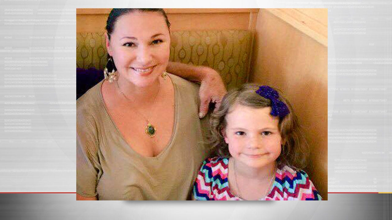 Los Angeles Police Search For Missing Mother, Daughter From Oklahoma
