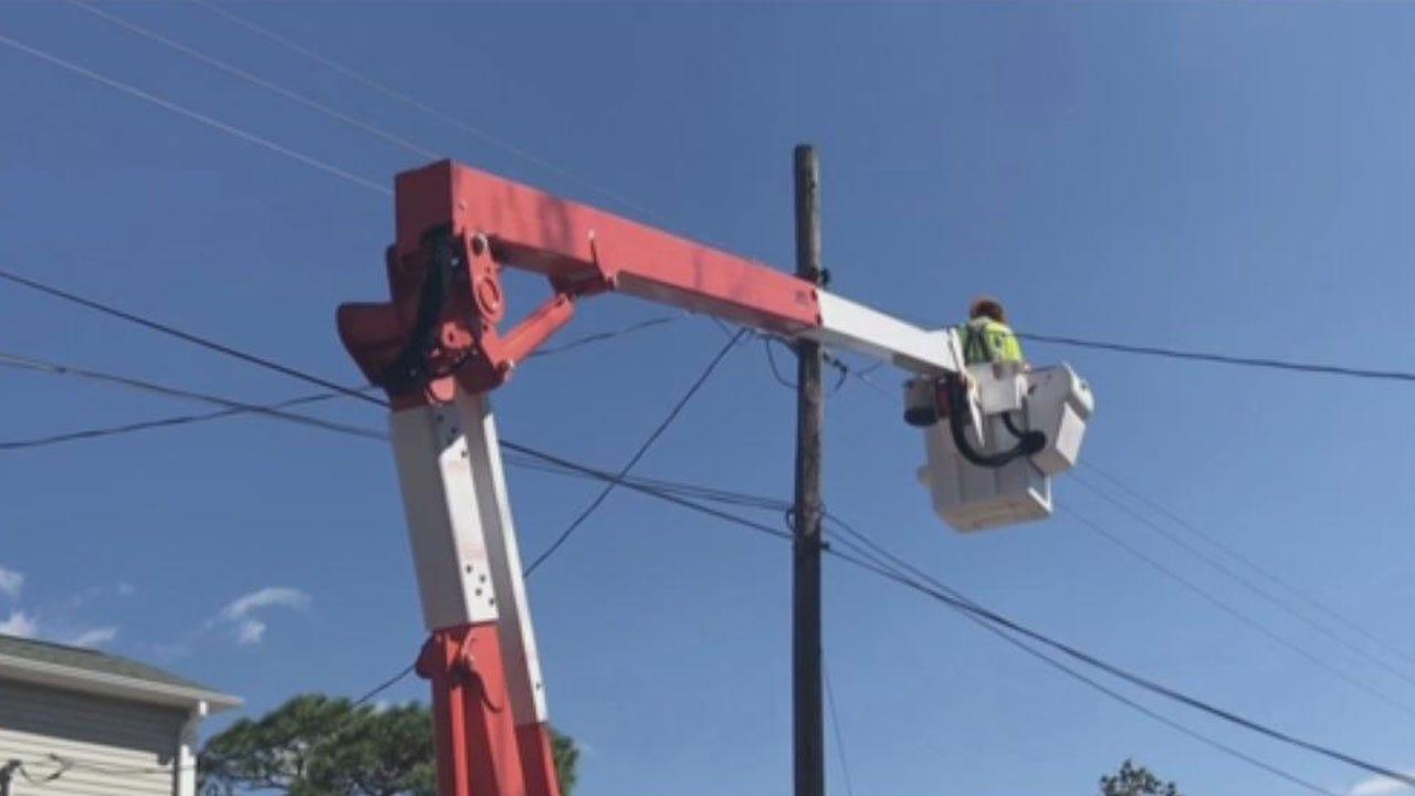 OG& E Linemen Return Home From Helping Restore Power In The Carolinas