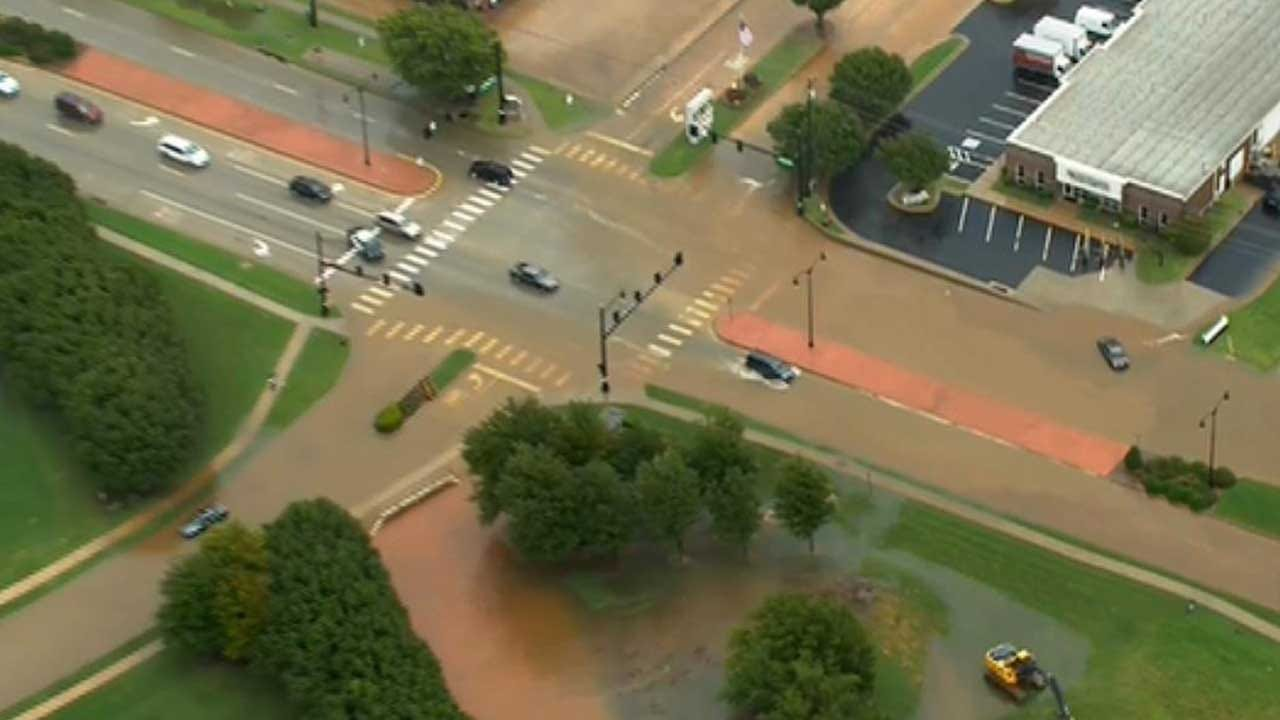 Afternoon Commute Interrupted By Flash Flooding In Edmond