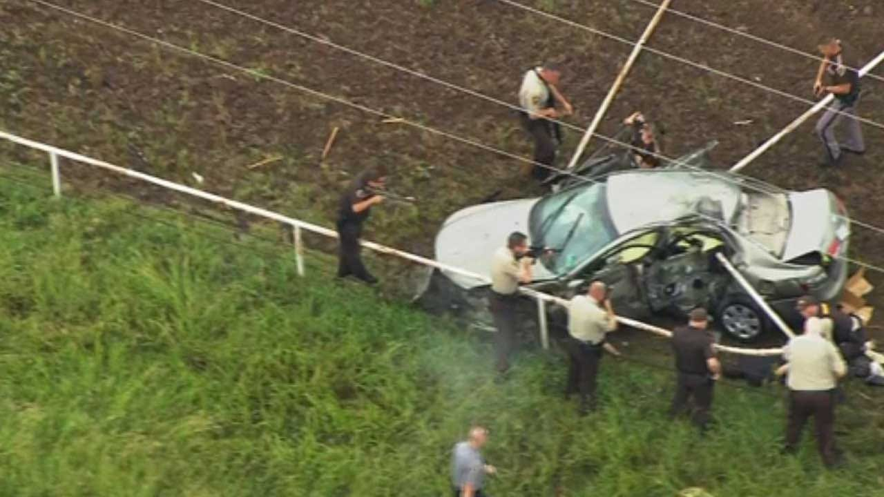 1 Critically Injured After Vehicle Crashes In Rural Canadian County During Chase