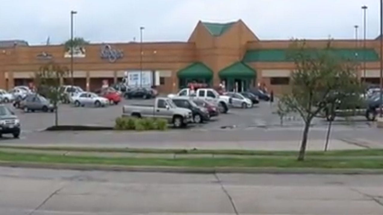 "Video Shows Cincinnati Officer Who Tased Girl Make Comment About ""Black Community"""