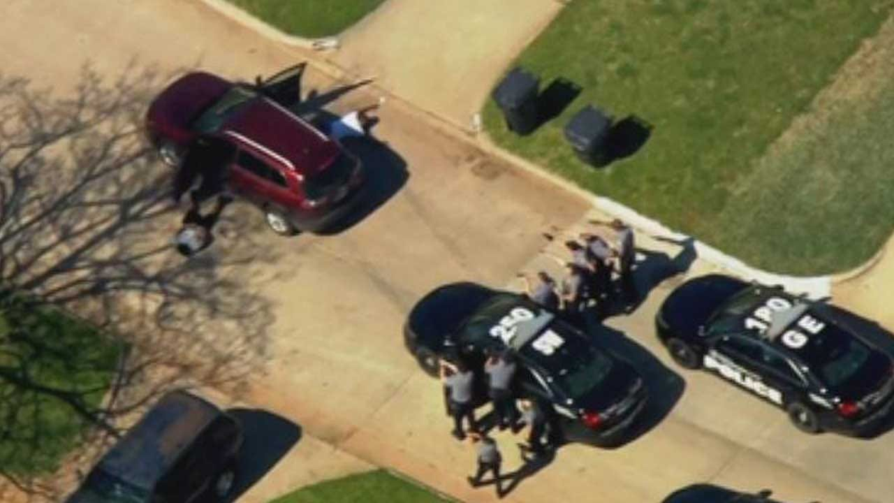 Police Chase Ends In SW Oklahoma City; 2 Suspects In Custody