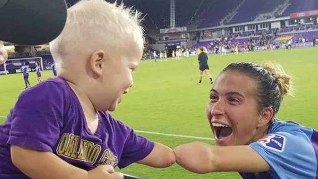 Boy Born Without A Hand Meets A Soccer Player Just Like Him