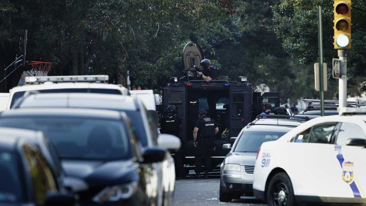 Gunman Wounds At Least 6 Philadelphia Police Officers; 2 Others Freed