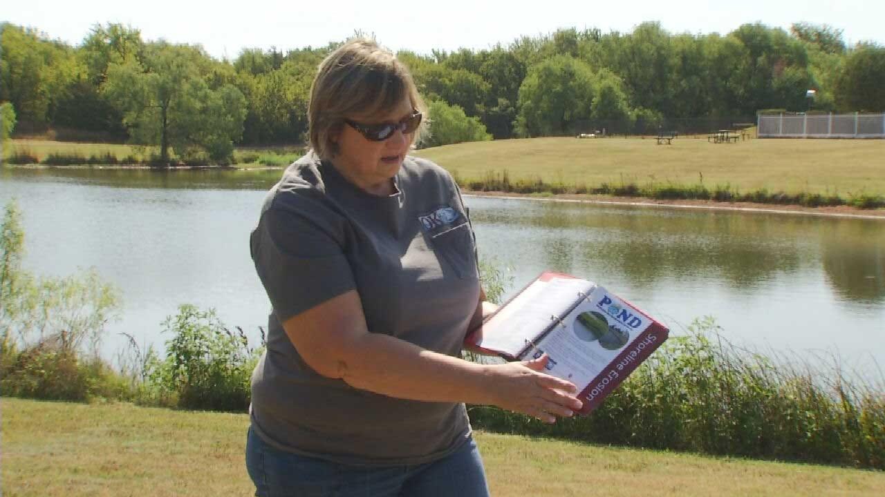 Experts Warn Oklahomans To Watch For Blue-Green Algae In Neighborhood Ponds