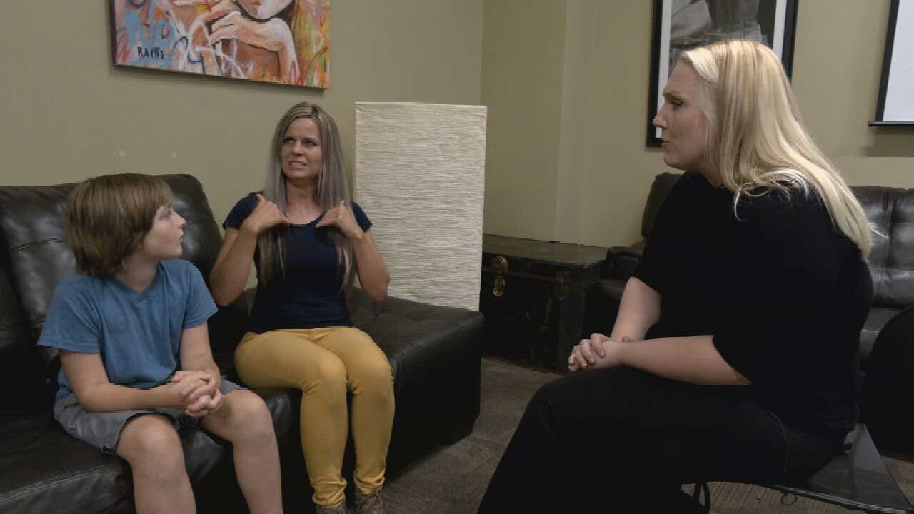 Deaf Woman Encounters Discrimination At OKC Burger King; Employee Fired