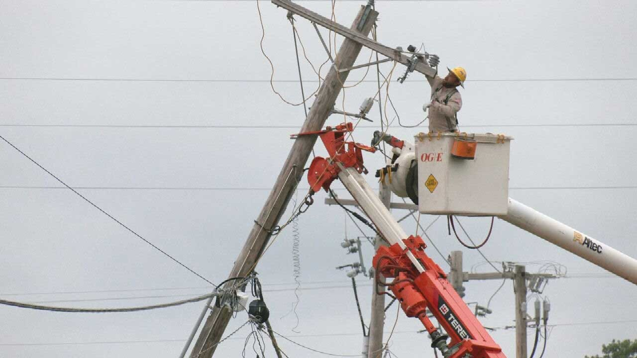 OG&E: Thousands Of Oklahomans Without Power, May Take Days To Restore