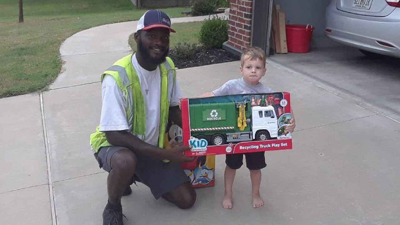 Okla. Sanitation Worker Gives Toy Recycling Truck To Boy Who Regularly Greets Him Outside