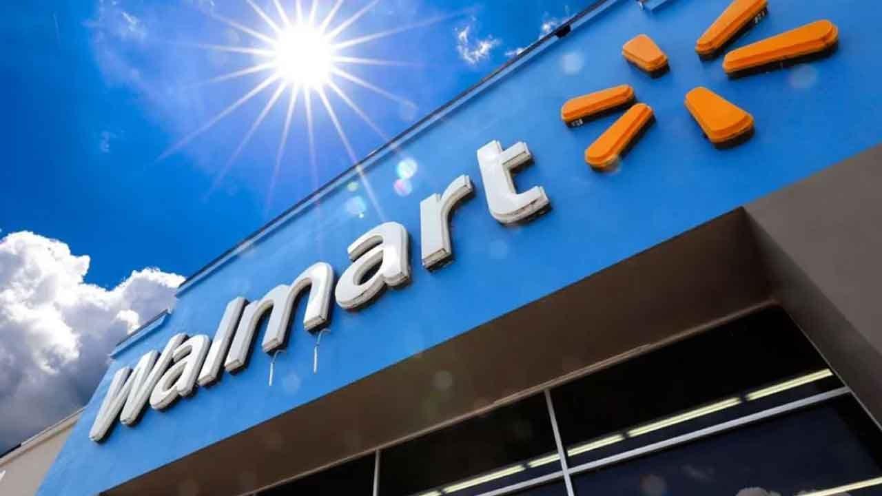Walmart Will Still Sell Guns After 2 Mass Shootings In 1 Week