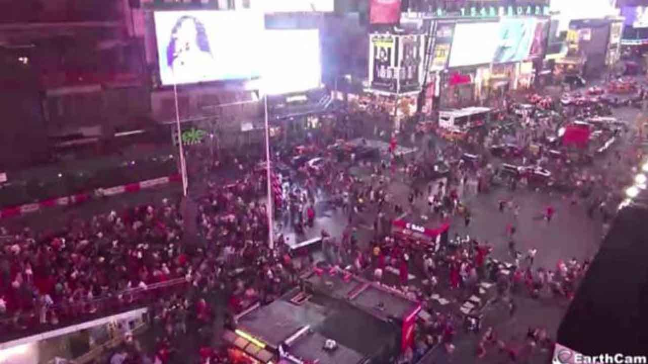 Panic In Times Square As Crowd Mistakes Backfiring Motorcycle For Mass Shooter