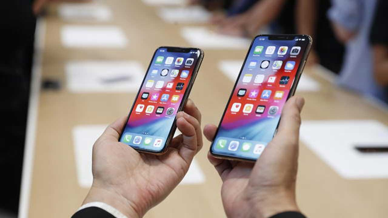 Apple Offers $1 Million Reward To Anyone Who Can Hack An iPhone