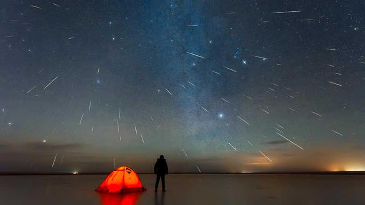One Of The Year's Best Meteor Showers Peaks This Weekend