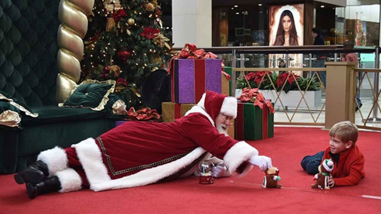 Malls Hold Santa Cares Events So Kids With Autism Can Visit In A Calmer Setting