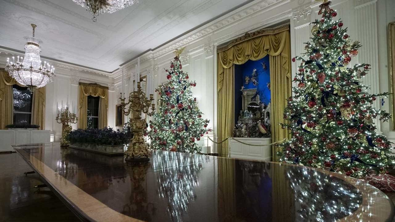 Patriotism Is The Theme Of Christmas At The White House