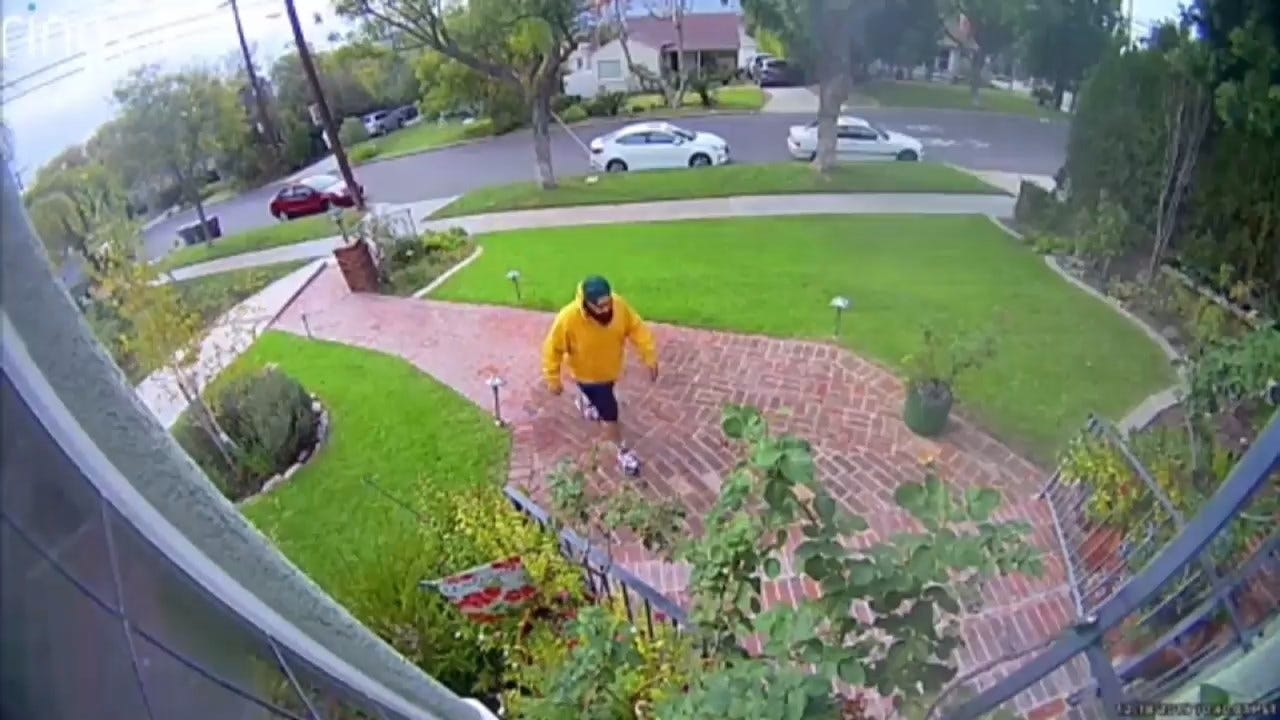 Camera Captures Thief Stealing $10,000 From Woman In Grandparent Scam