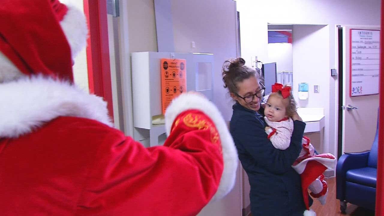 Santa Claus Pays Visit, Brings Joy To INTEGRIS Children's Hospital