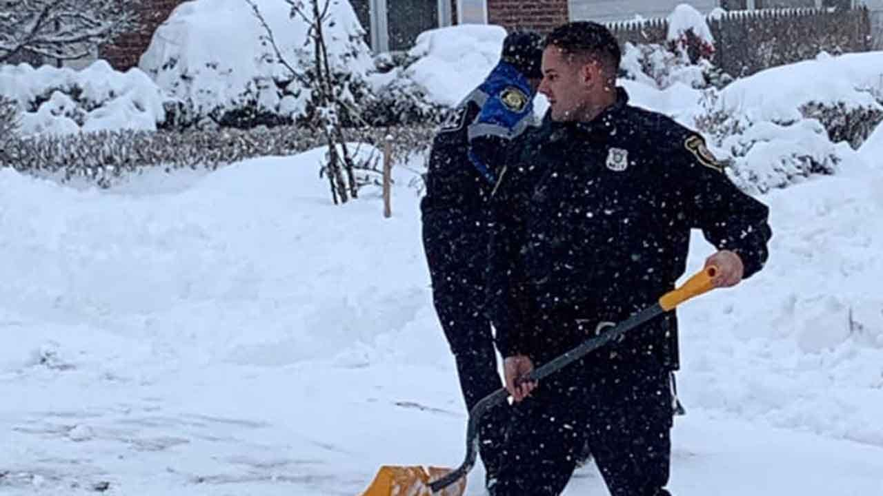 Albany Police Help 99-Year-Old Shovel Out Driveway