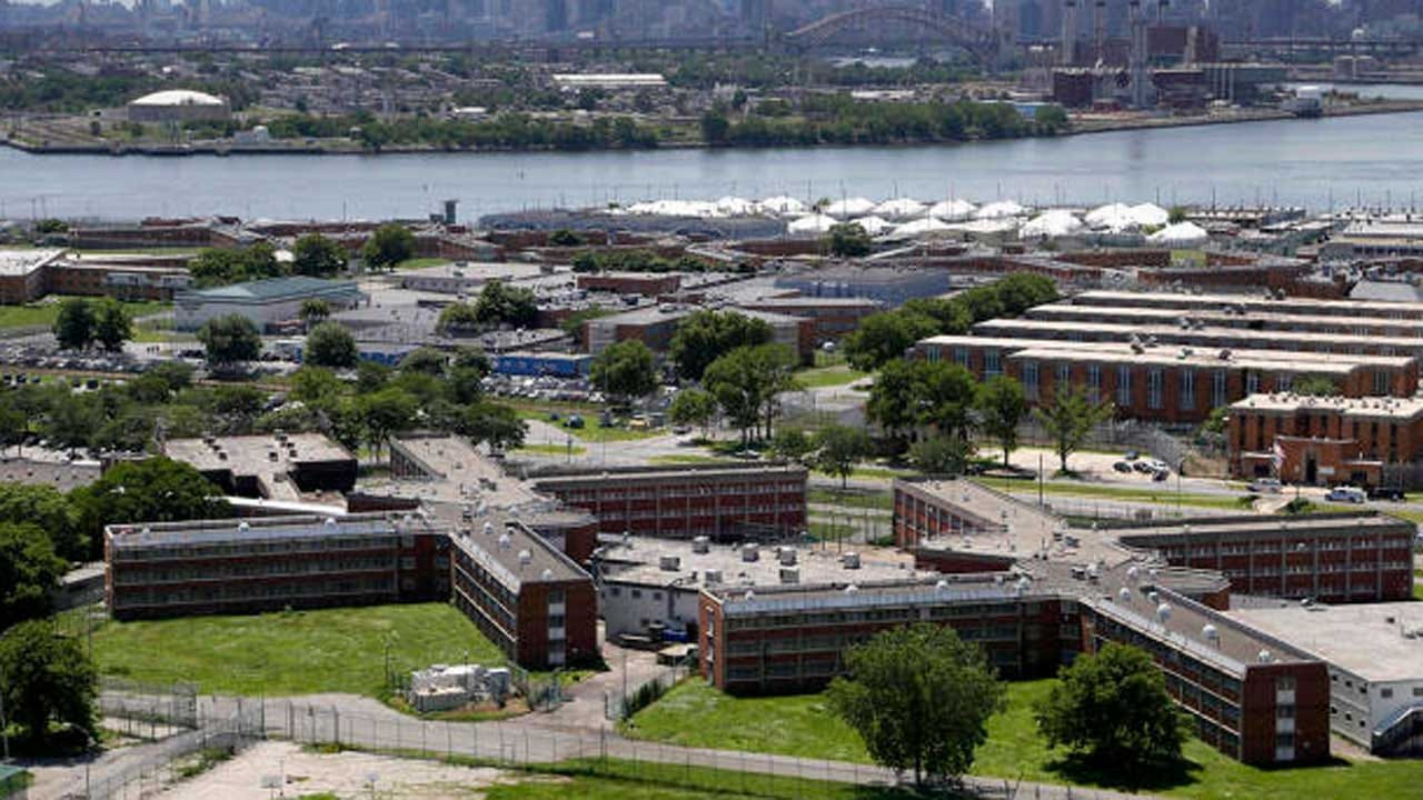 Guards Reportedly Stood By As Teen Inmate Tried To Hang Himself